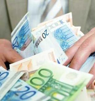 Средняя зарплата – 6000 евро
