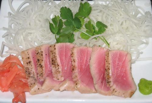 Ешьте свежего тунца!