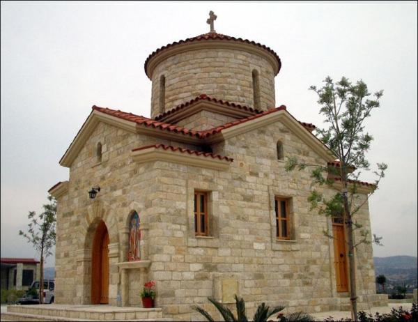 У церкви новый устав