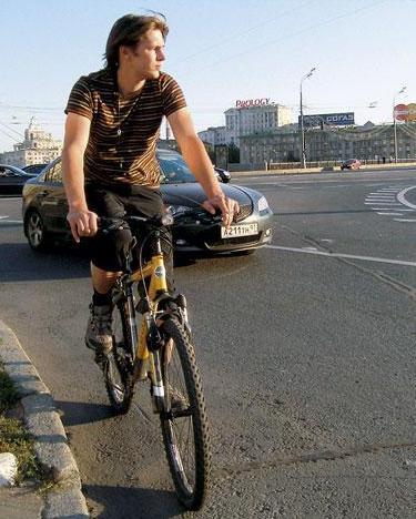 На велосипеде по столичным улочкам